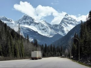 Truck moving your business to Ontario