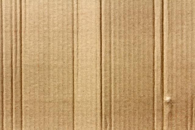 Box and a cardboard.