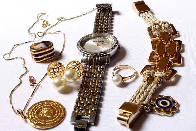 Jewelry packing doesn't have to be a problem if you know how.