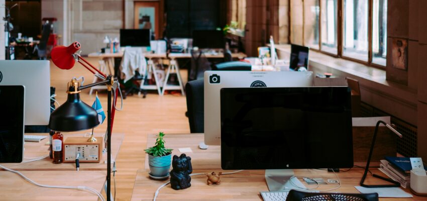 How to organize your office to boost productivity